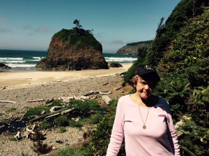Mary Ann at Hidden Beach in Oregon in 2015 (click to enlarge, then back-arrow to return to blog).